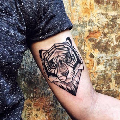 Blackwork tiger tattoo by Sasha Kiseleva #tiger #blacktattoo #linework #blackwork #lines #blckwrk #dotwork #myforestink #sashakiseleva #btattooing #blxckink #onlyblackart #blacktattoomag