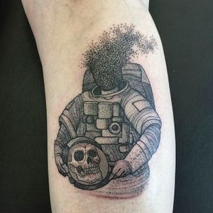 Skeleton Astronaut Tattoo by Karrie Arthurs @ThePaperweight #ThePaperWeight #KarrieArthurs #Black #Blackwork #Dotwork #Skeleton #Astronaut #Blackbirdelectrictattoo