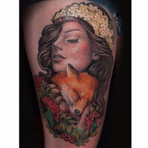 Fox and crying lady tattoo by Maija Arminen. #realism #colorrealism #MaijaArminen #flowers #fox #lady #woman