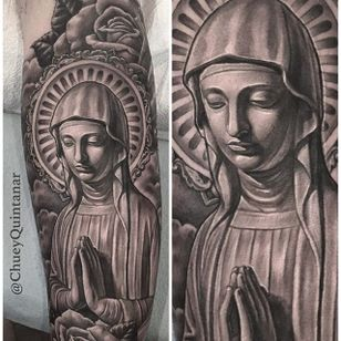Beautiful black and grey religious piece by @chueyquintanar #chueyquintanar #blackandgrey #realism