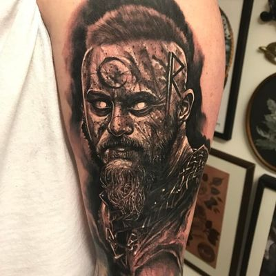 A demonic portrait of Bjorn from the show Vikings by Anrijs Straume (IG—anrijsstraume). #AnrijsStraume #Bjorn #blackandgrey #demonic #realistic #viking #Vikings