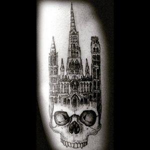 #DanielRepelente #castelo #castle #blackwork #skull #cranio