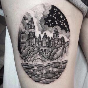 Hogwarts under a starry sky by Susanne Konig #Suflanda #SusanneKonig #blackwork #dotwork #linework #lake #boats #candles #sky #cliff #mountain #Hogwarts #HarryPotter #stars #clouds #castle #tattoooftheday