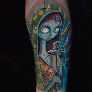 'Nightmare Before Christmas' Sally tattoo by Ben Ochoa. #BenOchoa #colorrealism #popculture #nightmarebeforechristmas #timburton #sally
