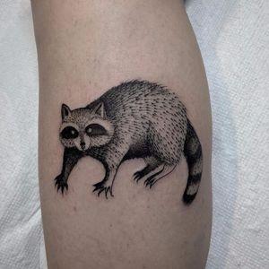 Garbage lover by Justin Olivier #justinolivier #blackwork #raccoon #animal #nature #linework #illustrative #sketch #tattoooftheday