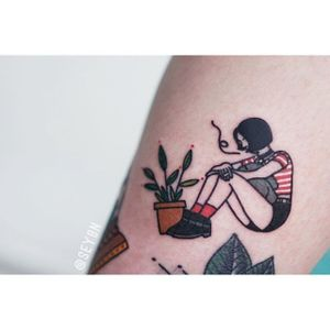 Mathilda tattoo by Seyoon Gim. #SeyoonGim #seyoon #SouthKorean #microtattoo #leontheprofessional #mathilda