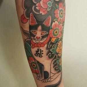 Cat and cherry blossoms. (via IG - freddyleotattoos) #traditional #japanese #FreddyLeo #cat
