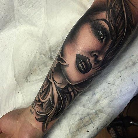 Close Up by Ryan Ashley Malarkey (via IG-ryanashleymalarkey) #blackandgrey #fineline #ornamental #inkmaster #ryanashleymalarkey