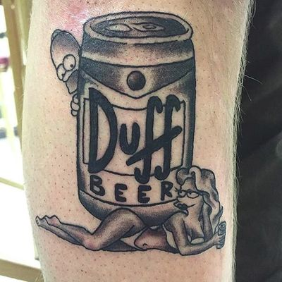 Duff piece by Jake MacQueen (via IG -- jakemacqueen) #jakemacqueen #duff #duffneer #dufftattoo #duffbeertattoo #thesimpsons #simpsonstattoo