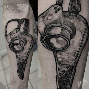 Plague Doctor Mask Tattoo by Alex Underwood #plaguedoctormask #plaguedoctormasktattoo #blackwork #blackworktattoo #blackworktattoos #blacktattoos #blackworkartists #AlexUnderwood