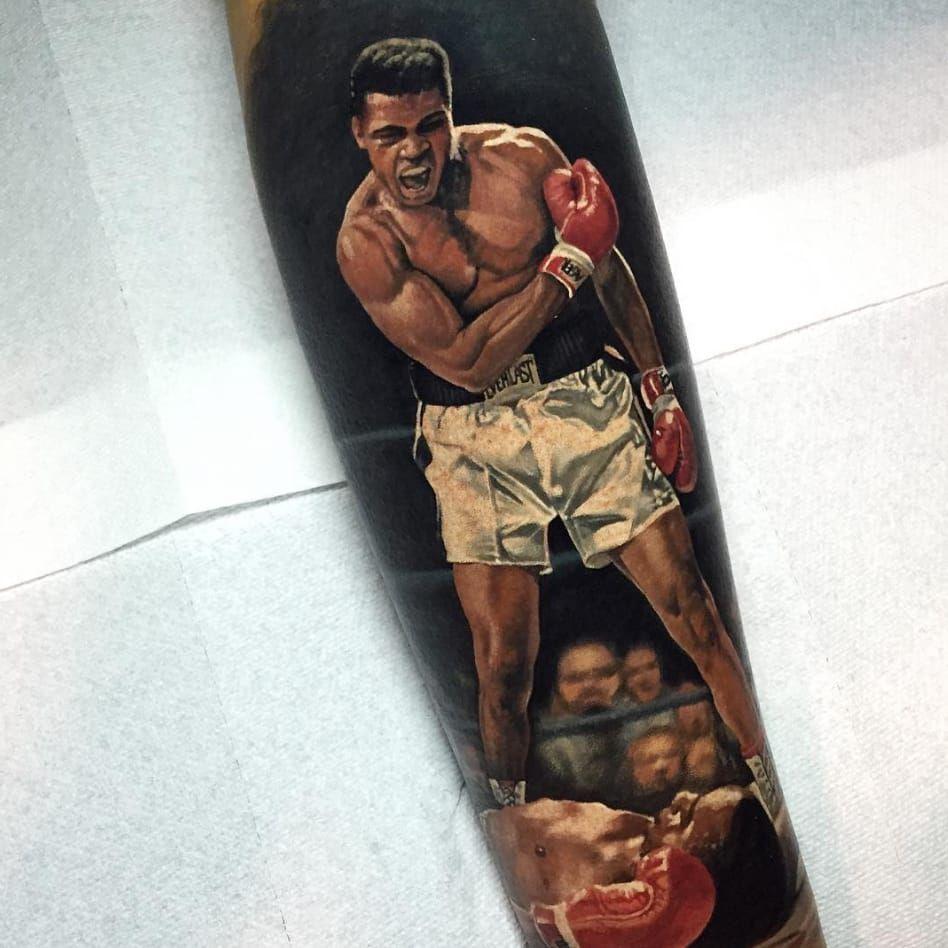 Mama said knock you out. By Steve Butcher (via IG - stevebutchertattoos) #SteveButcher #Sports #Portraits #Ali #MuhammadAli
