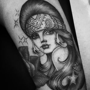 Chicano babe tattoo by Chuco Moreno #ChucoMoreno #blackandgrey #ladyhead #portrait #Chicano #bandana #hoops #hair #stars #sparkle #babe