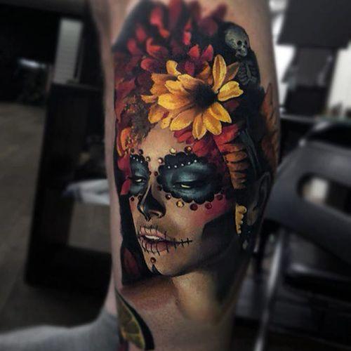 La Calavera Catrina tattoo by Valentina Riabova #ValentinaRiabova #ladytattoos #color #realism #realistic #hyperrealism #photorealism #portrait #sugarskull #lacalaveracatrina #catrina #flowers #makeup #Mexico