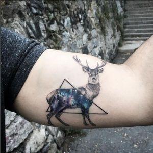 Geometric stag tattoo by Resul Odabaş #stag #geometric #linework #ResulOdabas