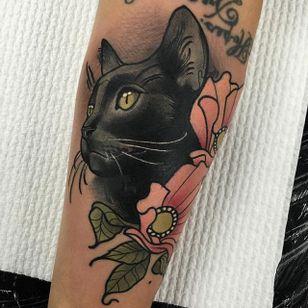 Neo traditional black cat by Tim Tavaria. #neotraditional #TimTavaria #cat #blackcat #flower