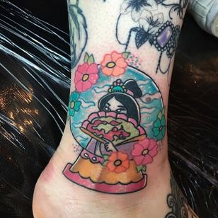 Geisha in a snow globe tattoo by Samantha Pixie Robson. #snowglobe #glass #geisha #SamanthaPixieRobson