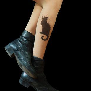 Le Chat by TATUL (via etsy.com) #tattooedtights #painted #art #fashion #TATUL #temporarytattoos #tights #stockings