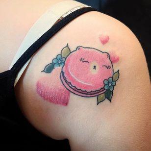 Kawaii macaron tattoo by Lou DC. #LouDC #kawaii #girly #cute #pinkwork #macaron