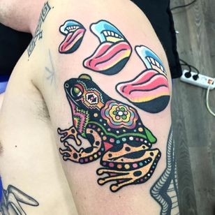 #Raro #gringo #colorido #colorful #neon #fun #divertida #psychedelic #psicodelica #surrealism #surrealism #sapo #frog #boca #mouth #lingua #tongue