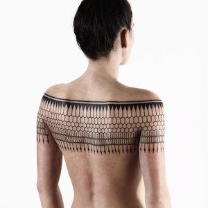Ornamental tattoo by Roxx #Roxx #besttattoos #blackwork #linework #geometric #tribal #ornamental #lace #shapes #pattern #tattoooftheday