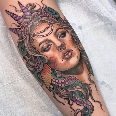 Lady tattoo by Samantha Smith #SamanthaSmith #ladytattoo #color #lady #portrait #eyes #lips #tentacles #octopus #crown #shells #ocean #oceanlife #mermaid #pearls #neotraditional #fish #tattoooftheday