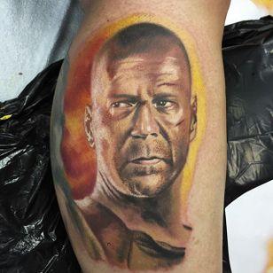 Bruce Willis Tattoo by Chad Jacob #BruceWillis #Portrait #ColorPortrait #PortraitTattoos #ColorRealism #ChadJacob #BruceWillis