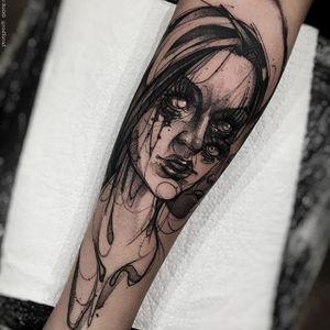 Lily Munster tattoo by Felipe Rodriguez. #FelipeRodriguez #lilymunster #portrait #brazil #brazilian #sketch #watercolor #neotraditional
