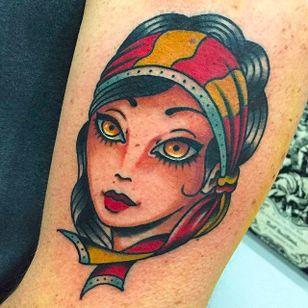 The traditional gypsy girl, Giuseppe Messina style #Gypsy #Girl #GiuseppeMessina #traditional #gypsy #girl