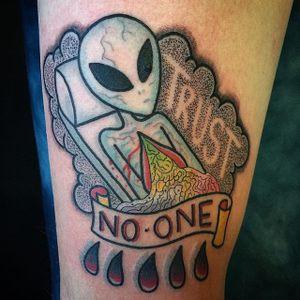 Trust No One by Destroy Troy (via IG-destroytroy) #xfiles #alien #trustnoone #color #traditional