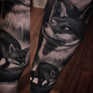 Creepy fox by Ben Thomas. #realism #blackandgrey #blackandgreyrealism #portrait #BenThomas #fox