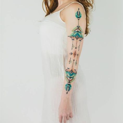 Brasilidade a flor da pele! #BrianGomes #TatuadoresdoBrasil #Brasil #Brazil #tribalbrasileiro #geometria #arteindígena