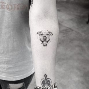 Smiling pup via instagram mr.k_tats #dog #pet #petportrait #blackandgray #microtattoo #MrK