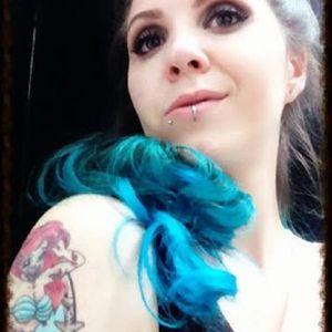 Emanuella Renata #mulhertatuada #mulheresdeatitude #tattoodobabes #brasil #brazil #portugues #portuguese