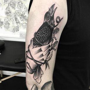 Blackwork Tattoo by Scott Move #blackwork #traditionalblackwork #oldschool #bold #ScottMove