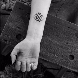 Geometric tattoo by Wsciekly Kot #WscieklyKot #handpoked #baltic #nordic #slavic #traditional #geometric #dotwork #blackwork #pattern