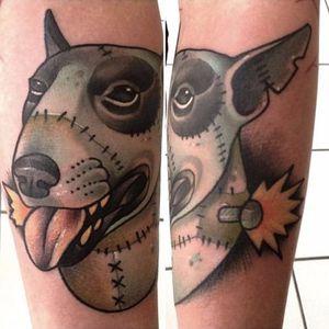 Sparky, de Frankenweenie- curta de 1984. Sabe quem fez essa tattoo? Conta pra gente! #Sparky #Frankenweenie #TimBurton #sparkytattoo #frankenweenietattoo