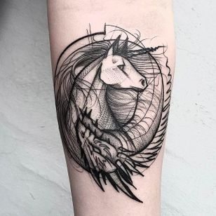 Horse and Dragon Chaotic Blackwork Tattoo by Frank Carrilho @FrankCarrilho #FrankCarrilhoTattoo #FrankCarrilho #Chaotic #Black #Blackwork #Horse #Dragon