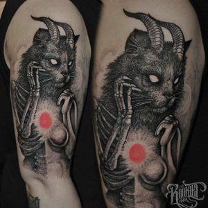 Demon Cat by Rob Borbas (via IG-grindesign_tattoo) #illustrative #horror #blackandgrey #robborbas #Grindesign