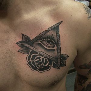 #FlavioSilveira #blackwork #neotraditional #eye #olhoquetudove #tatuadoresdobrasil
