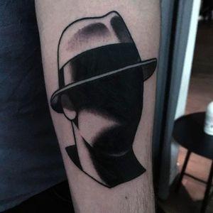 Faceless Gentleman Tattoo by @Slumdog.Tattooer #SlumdogTattooer #Eyeless #Black #Blacktattoo #Portrait #Portraittattoo #Blackwork #Switzerland #Gentlemantattoo