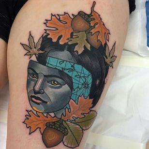 Autumn Traveller Tattoo by Piotr Gie #NeoTraditional #NeoTraditionalArtist #NeoTraditionalTattoos #ModernTattoos #BoldTattoos #PiotrGie