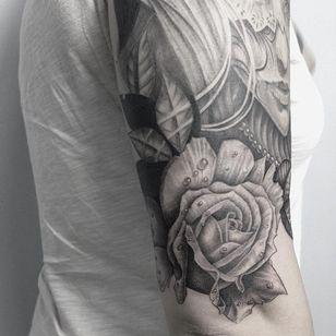 Dew drop rose tattoo by Yakov Konovalov #YakovKonovalov #rosetattoos #blackandgrey #realistic #realism #rose #flower #dew #dewdrops #teardrops #water #pearls #nature #tattoooftheday