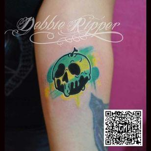 Poison apple by Debbie Ripper. #watercolor #DebbieRipper #skull #poison #poisonapple
