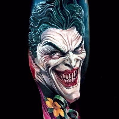 The Joker by Sebastian Isaksson Neroutsos #SebastianIsakssonNeroutsos #nerosin #comicbook #movietattoo #movie #batman #thejoker #joker #color #newtraditional #realistic #portrait #tattoooftheday