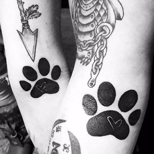Sweet paw print tattoos #siblingtattoo #brother #sister #pawprint #matchingtattoos