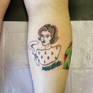 Audrey Horne, David Lynch tattoo by Bunny Miele. #BunnyMiele #filmdirectorstattoo #DavidLynch #twinpeaks #twinpeakstattoo #audreyhorne