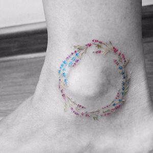 Floral micro-tattoo by Vitaliy Kazantsev. #VitaliyKazantsev #flower #floral #subtle #micro #microtattoo #tiny #feminine #mini