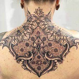 Pattern Tattoo by Raph Cemo #patternwork #blackworkpattern #geometric #geometrictattoo #blackworkgeometric #patterntattoos #patterntattoo #RaphCemo