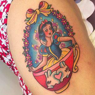 Snow White Teacup Tattoo by Sarah K @SarahKTattoo #SarahKTattoo #SouthAustralia #Neotraditional #Colorful #Pop #bright_and_bold #Neotraditionaltattoo #Snowwhite #Teacup #Disneytattoo