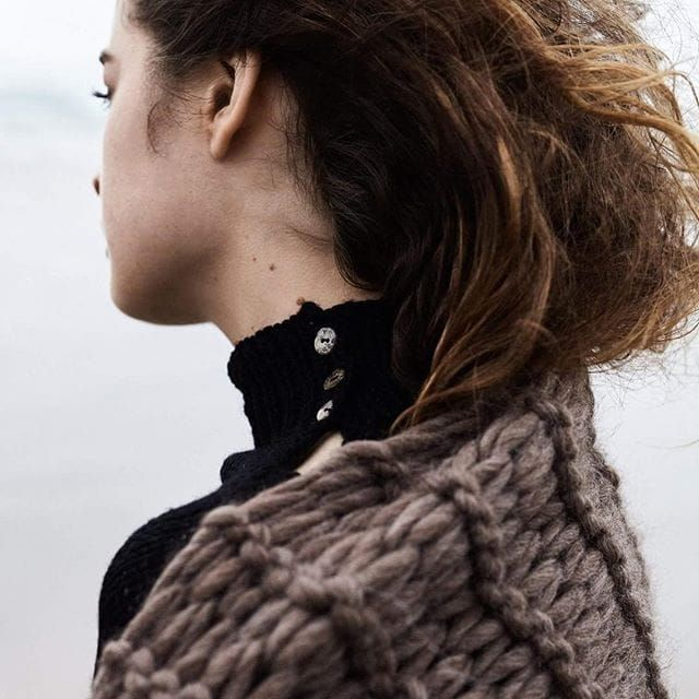 Shawl and Turtleneck by Morph Knitwear (via IG-morphknitwear) #knitwear #knits #handknit #fashion #accessories #MorphKnitwear